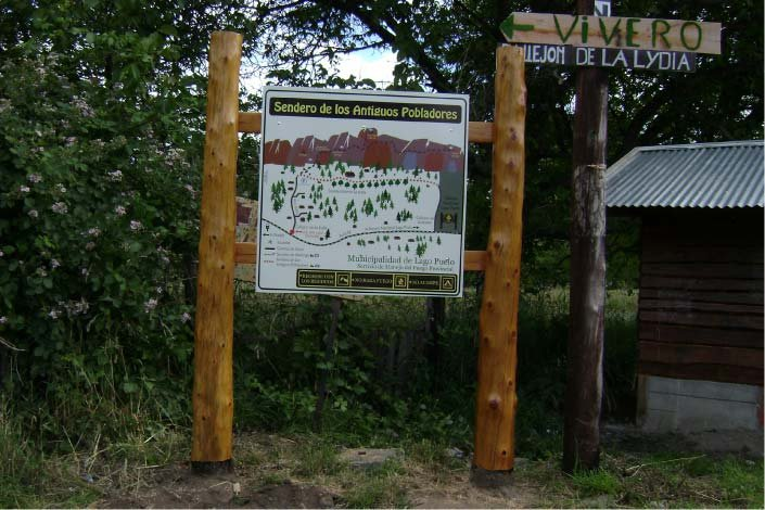 Ploteados - Municipalidad de Lago Puelo - Lago Puelo - Provincia del Chubut - RA Carteles
