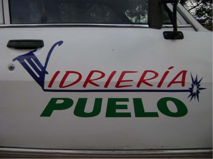 Vehículos - Vidriería Puelo - Lago Puelo - Provincia del Chubut - RA Carteles