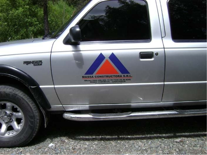 Vehículos - Massa Constructora SRL - Lago Puelo - Provincia del Chubut - RA Carteles