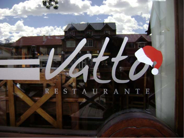 Vidrieras - Vatto Restaurante - El Bolsón - Provincia de Río Negro - RA Carteles