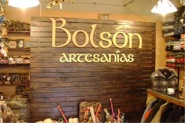 Carteles corpóreos - Bolsón Artesanías- El Bolsón - Provincia de Río Negro - RA Carteles